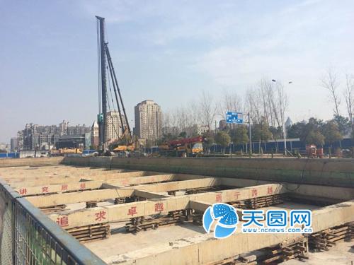 南昌地铁2号线学府大道东站主体结构封顶-图吧南宁