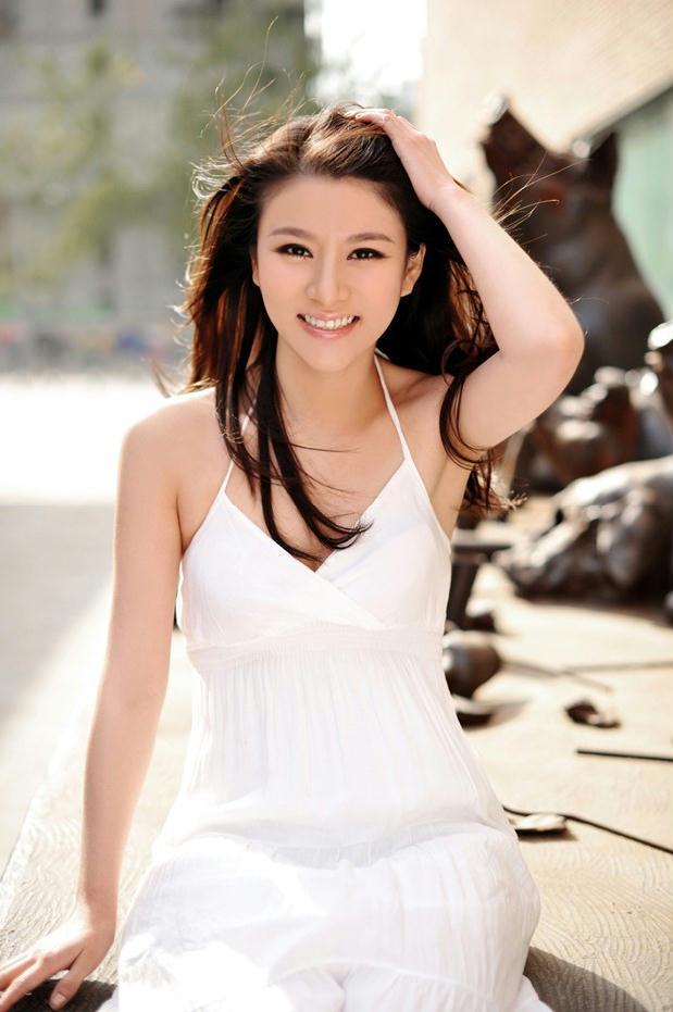 王紫MM(王月雯)—白衣清纯可人