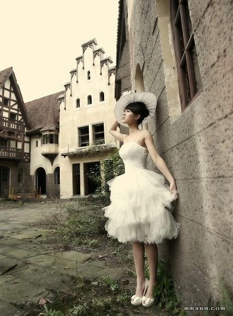 芭蕾少女的灰色写真