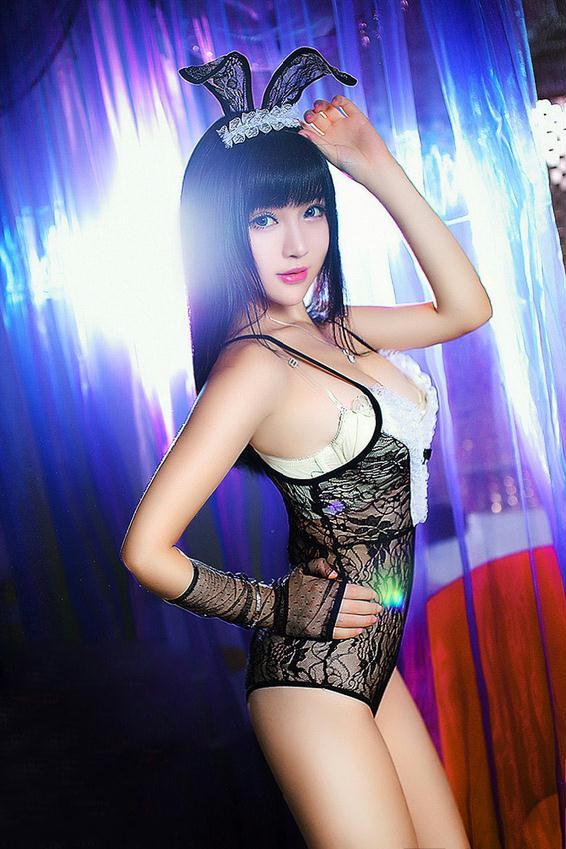 台大校花米妮精彩演绎兔女郎