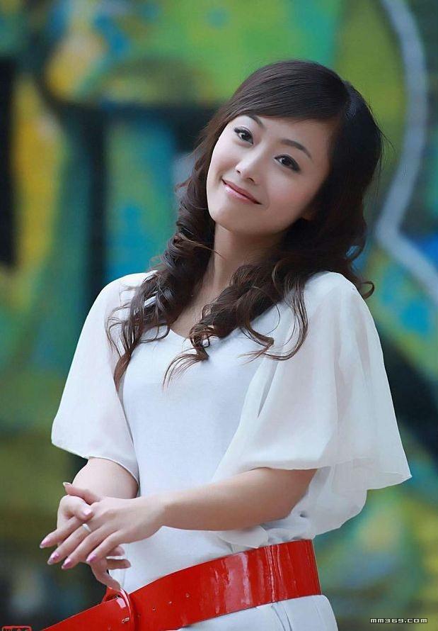北京艺校舞蹈班女生黄美姬