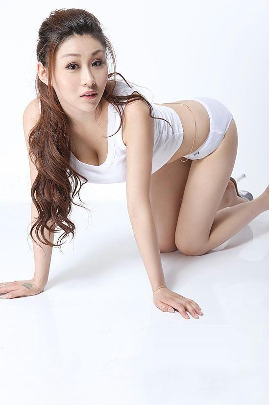 校花孙雨轩 白色唯美身材性感火爆