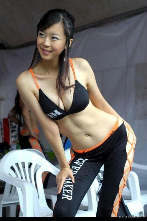 超性感的韩国绝美车模