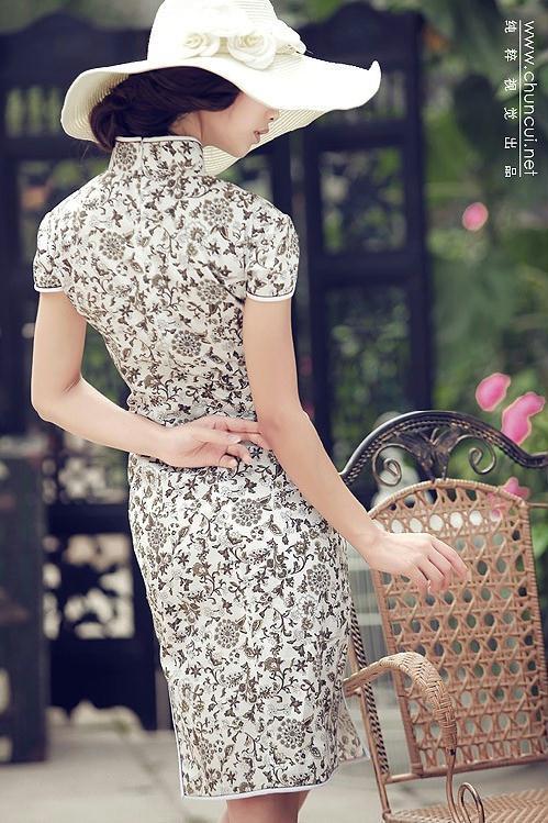 平面模特金雪儿庭院旗袍写真