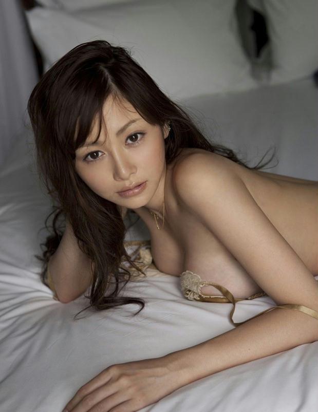 无限诱惑的床上巨乳美女杉原杏璃