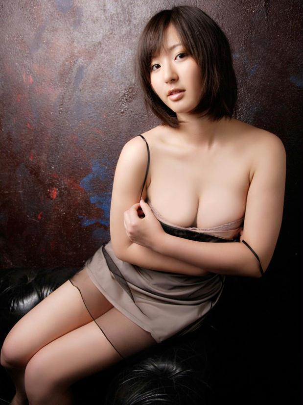 超性感模特村上友梨新片秀美胸