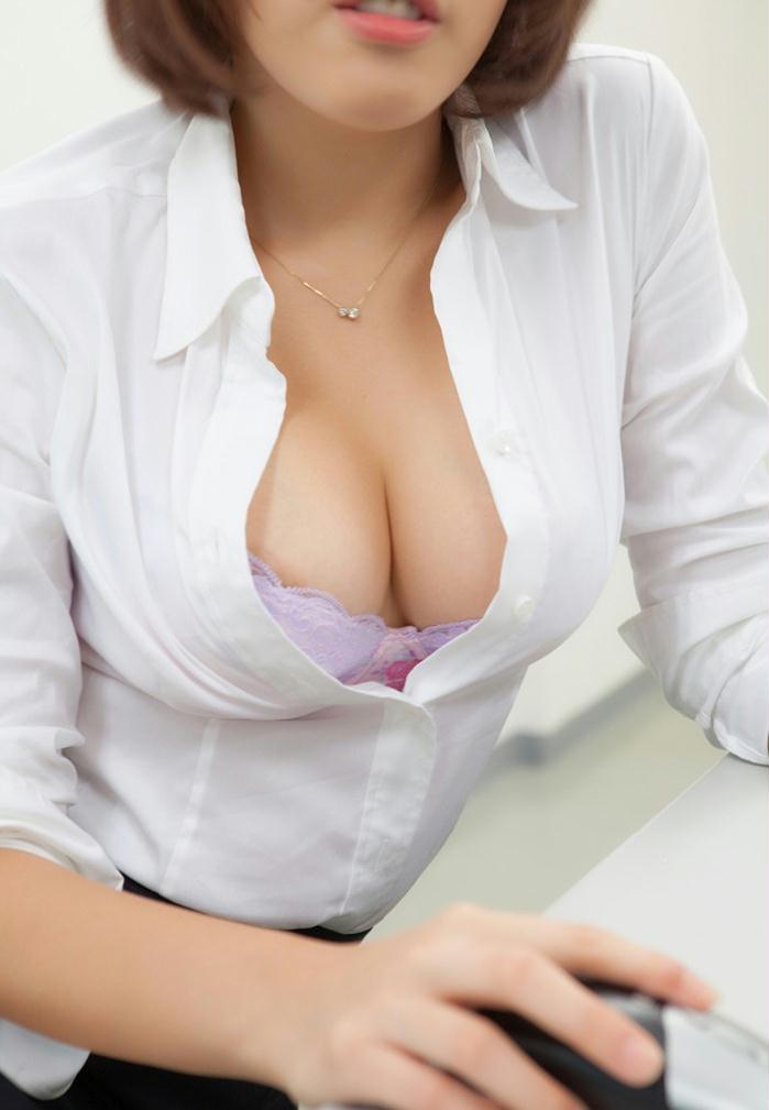 日本av美女性感美胸好身材