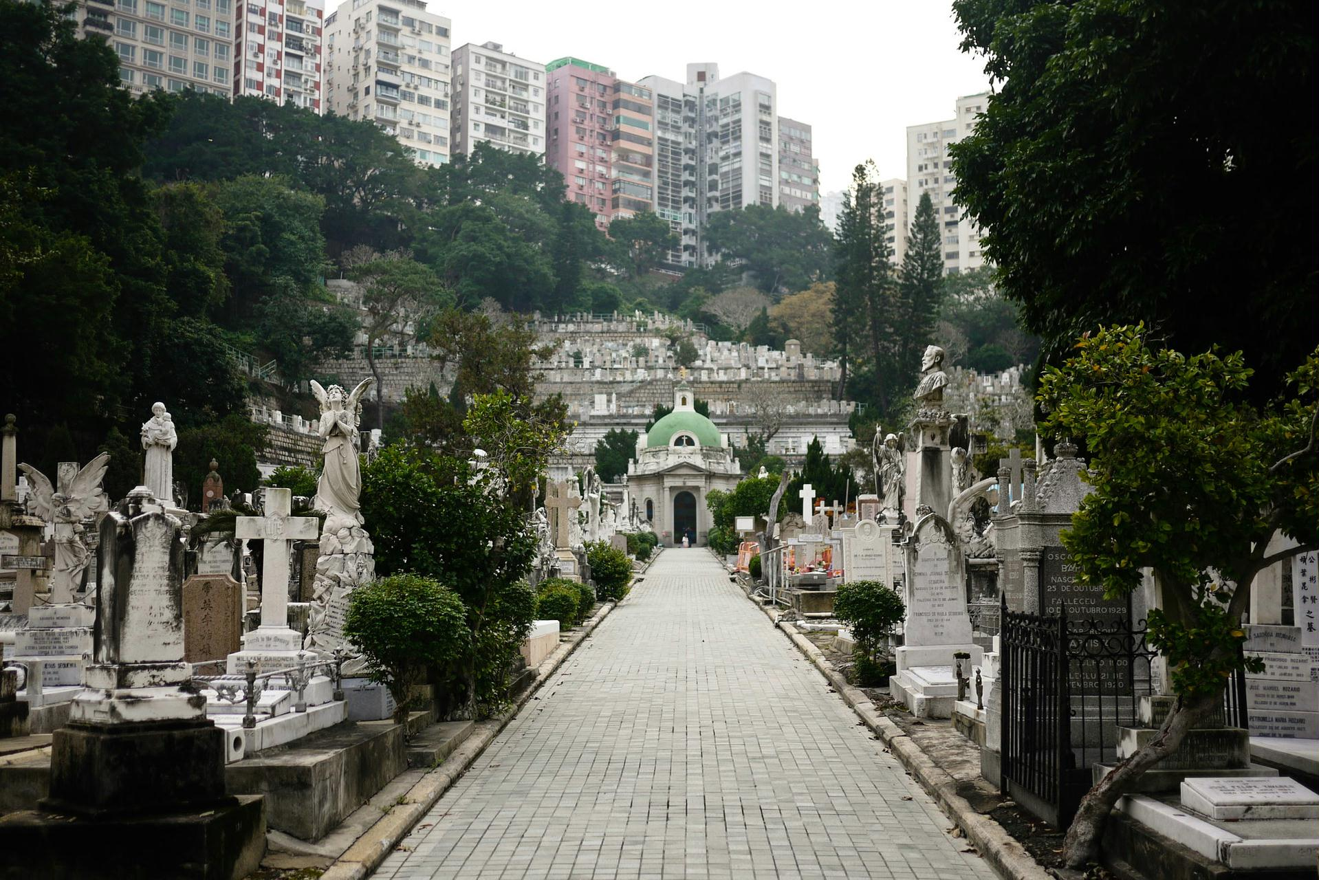 天主教坟场