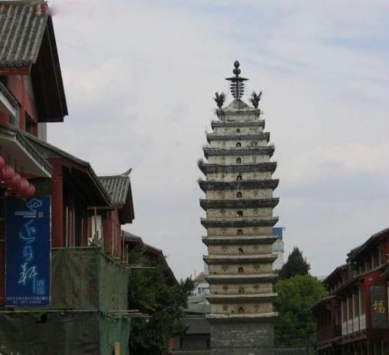 游览云南昆明民族村看少数民族激情表演