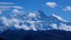 布达切波雪山
