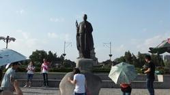 玄奘法师铜像