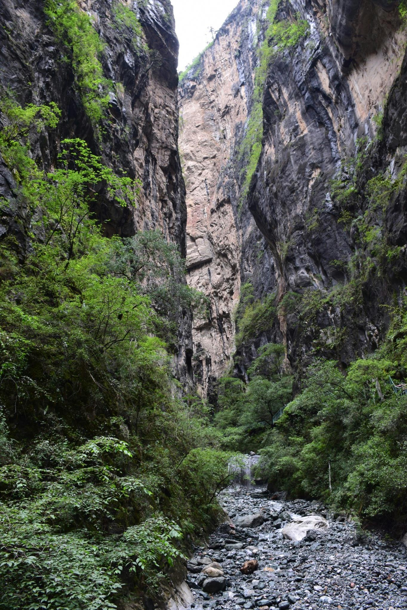南喀卓绒峡谷